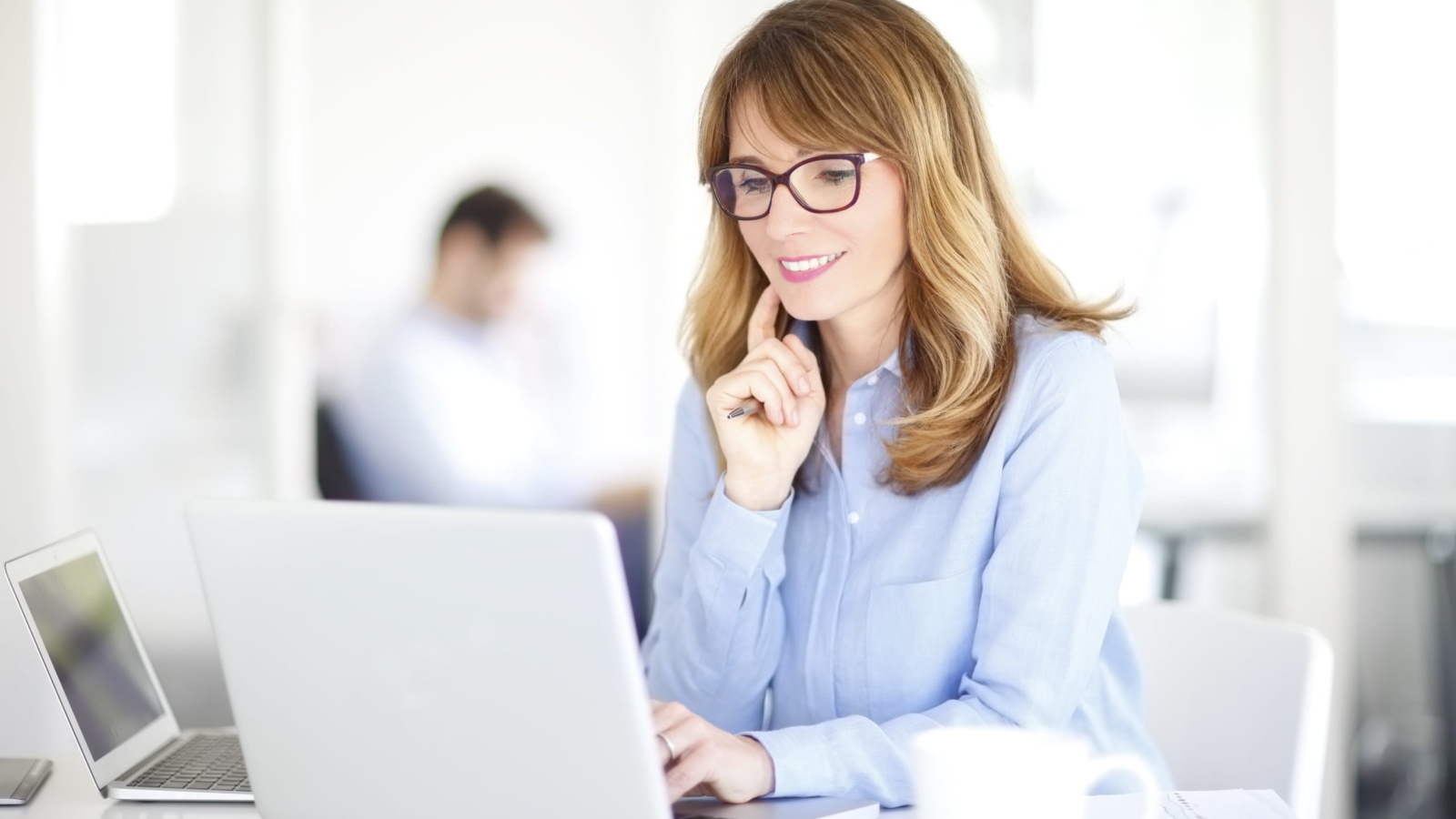 Woman decides on pages for her website